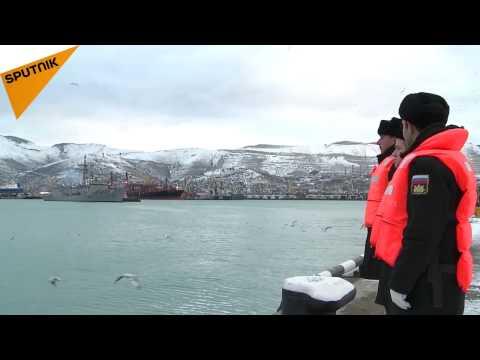 La frégate pakistanaise en route vers le port de Novorossiysk