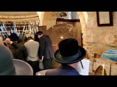 הדלקת נר ראשון של חנוכה בקבר רחל אמנו בבית לחם