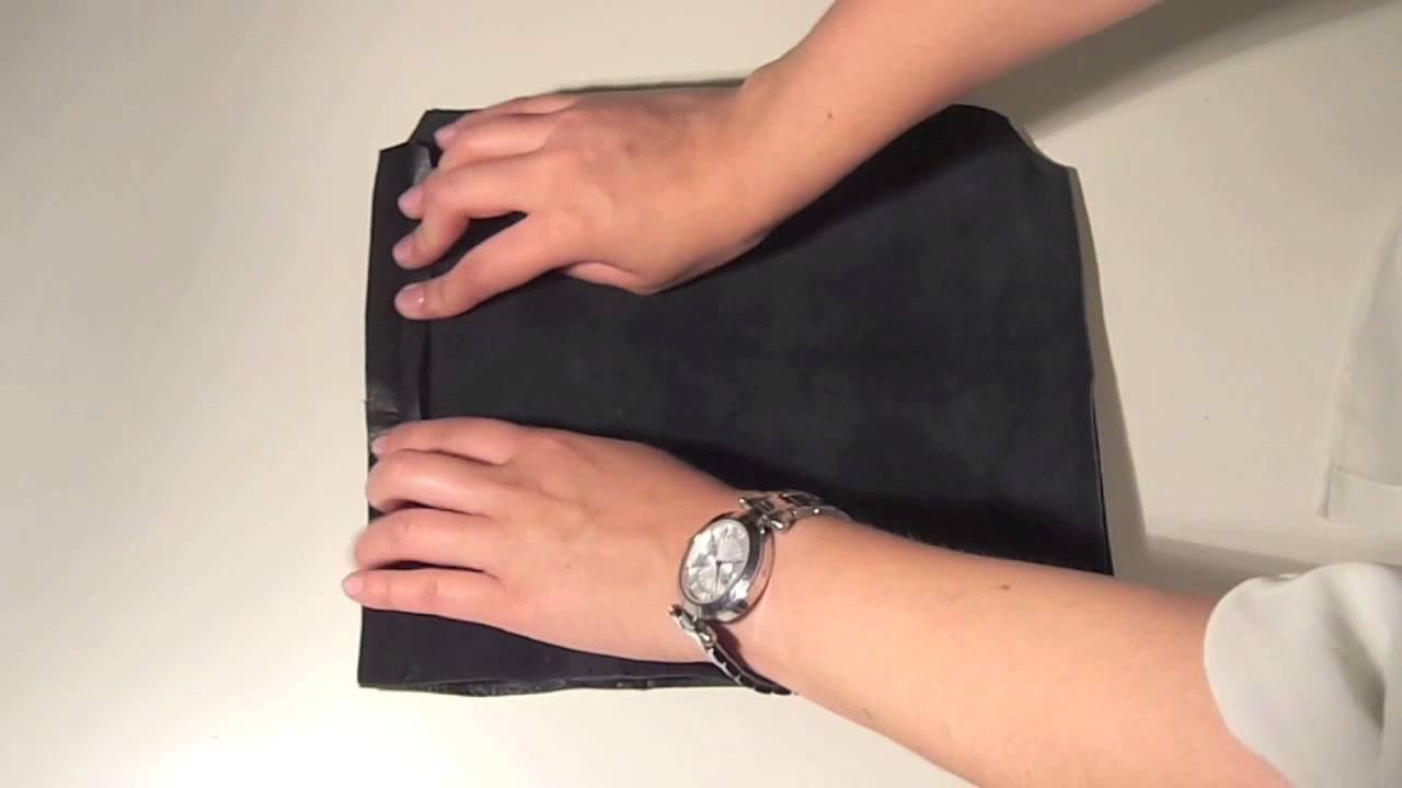 diy comment faire une pochette en cuir youtube. Black Bedroom Furniture Sets. Home Design Ideas