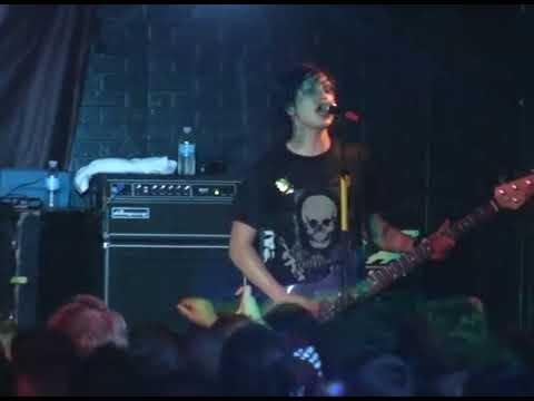 Escape the Fate LIVE  'My Apocalypse' & 'Truth in Cliche'