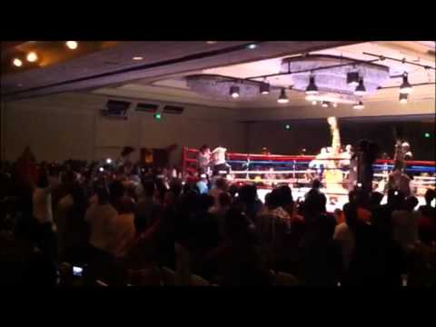 Teresa Perozzi Enters The Ring Oct 13 2012