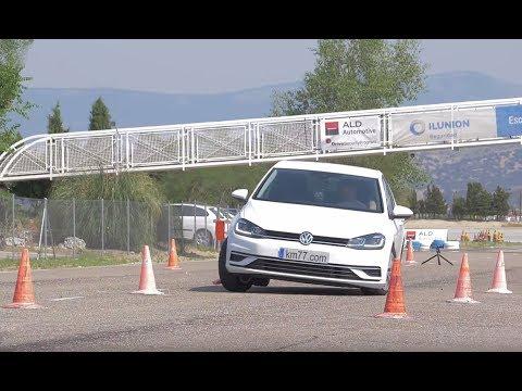 Volkswagen Golf 2017 - Maniobra de esquiva (moose test) y eslalon | km77.com
