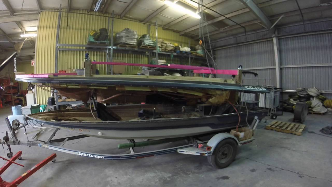 Cajun Bass Boat Hull Cap Removal Splitting The Hull Youtube