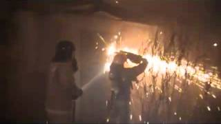 22.12.2012 пожар кафе в Самаре(В субботу, в 23.40 на пульт пожарной части №9 поступил вызов о возгорании кафе, на ул. Александра Матросова...., 2012-12-23T12:41:36.000Z)