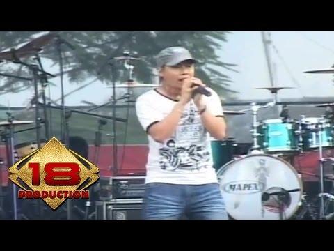 Naff - Bila Aku Pulang (Live Konser Banjarmasin 06 April 2007)
