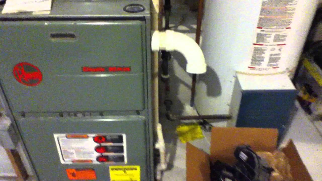 1998 Rheem Classic 90 Plus Gas Furnace Running - YouTube