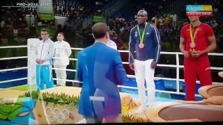 Данияр Елеусинов! Рио 2016. Вручение золотой медали по боксу в весовой категории 69 кг!