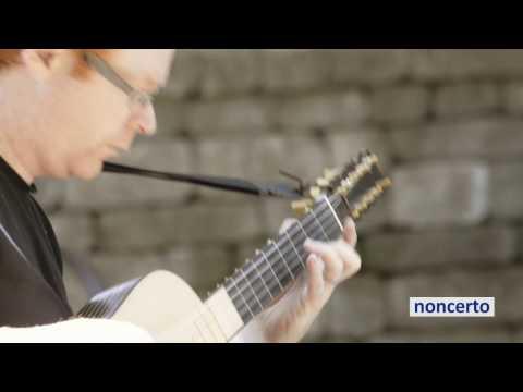 de Visée - Suite en Sol majeur 2. Courante (noncerto 96.2 David Jacques) Classical Music Video