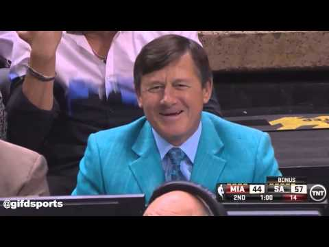 Kevin Harlan calling Craig Sager Aquaman during Heat-Spurs