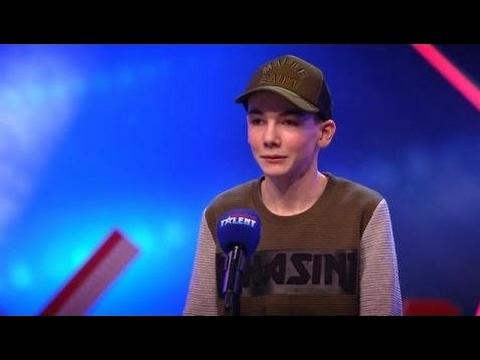 Handjes in de lucht voor rappende Lukas J!  - HOLLAND'S GOT TALENT HD