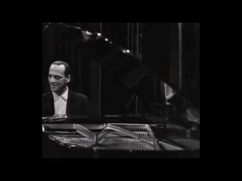 Lennie Tristano - Lullaby of the Leaves (Copenhagen 1965) [official HQ video]