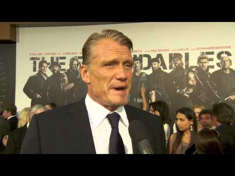 Dolph Lundgren at The Expendables 2 Premiere! [HD]