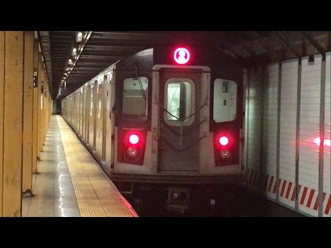 IRT Eastern Pkwy Line: R142 (2) and R62 (3) trains @ Grand Army Plaza