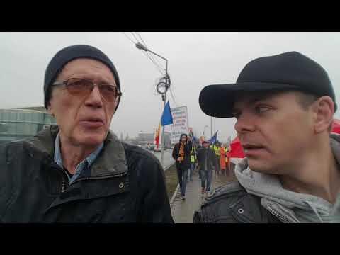 A venit din Suedia special pentru protestul #REZIST din București