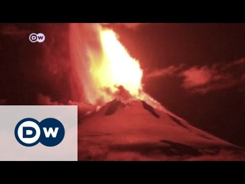 Villarica volcano erupts | Journal