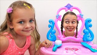 Beauty Toys Kids Song. Kids pretend play with toys of beauty salon