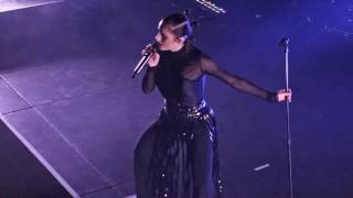 BANKS - Trainwreck - Live in Paradiso 2017