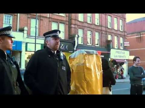 Immigration Police operation in Willesden - antiausterity protester interview the police 19-11-13