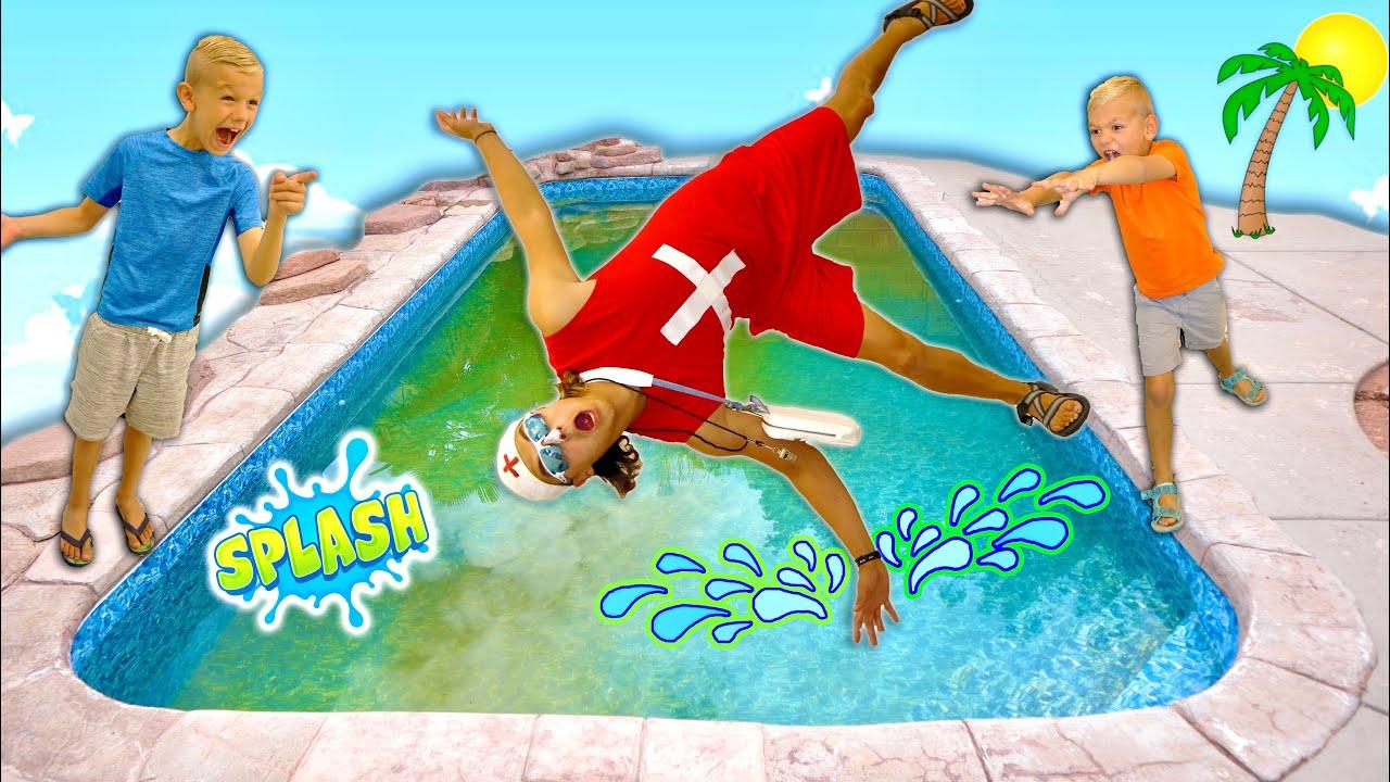 Escape The LiFeGuaRd SliMy Green Pool HiDe N Seek!