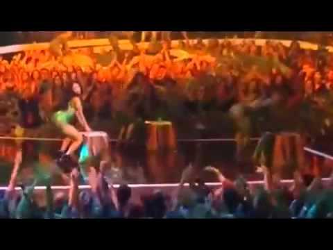 Anaconda - nicki minaj VMA 2014
