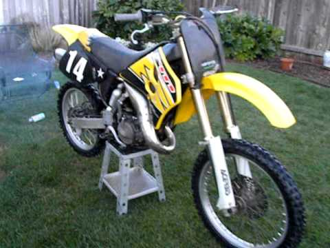 1995 suzuki rm 125 start up youtube. Black Bedroom Furniture Sets. Home Design Ideas