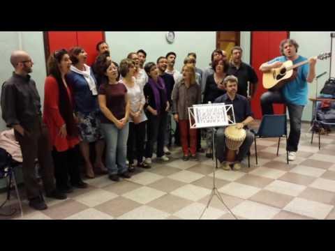 La Corale universitaria di Torino canta #herestoyou