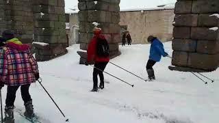 Esquiando en el acueducto de segovia 2