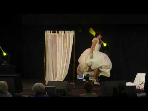 related image - HeroFestival 2016 - Marseille - Concours Cosplay - 03 - Once Upon A Time - Belle