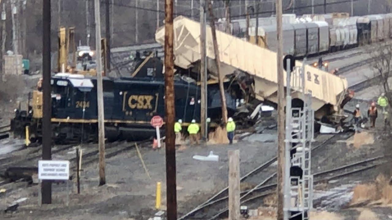 Train Derailment Cincinnati Ohio, Remote Control Locomotives Derail With 7 Cars, Train Wreck In City