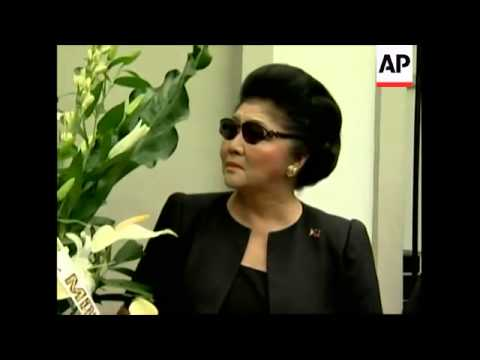Imelda Marcos pays tribute to late president