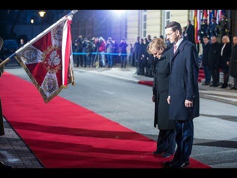 Mateusz Morawiecki podczas wizyty Angeli Merkel w Warszawie.