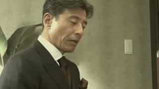 舘ひろしが禁煙に取り組む様子です。 http://sugu-kinen.jp/sp/