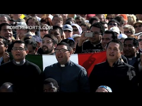 Pope Francis, in desolate St. Peter's Square, prays for end to ...