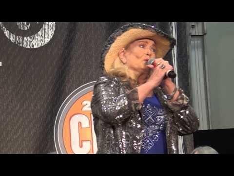 Lynn Anderson - Someday Soon
