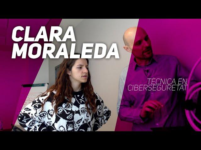 La Clara Moraleda (Leopolda Olda) fa de tècnica de ciberseguretat
