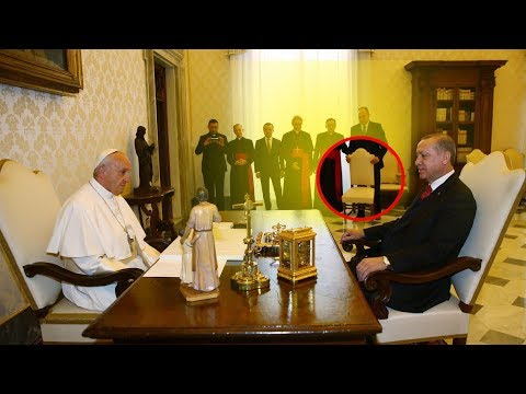 Erdogan & Pop meeting: What is the reality about small chair?