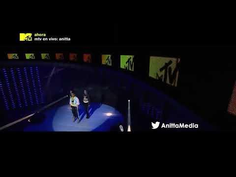 Anitta - Veneno  Mtv En Vivo