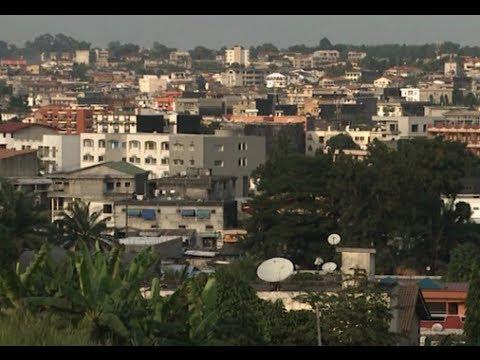 Carte postale de Cocody,quartier hupé situé à l'est  de la ville d'Abidjan