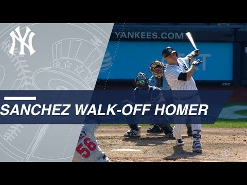 Yankees, Gary Sanchez score three in 9th to shock the Twins