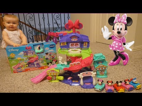 Minnie Mouse Around Town Playset Review