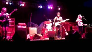Those Darlins- Mystic Minds,The Crossroads, KC MO 7-21-2011.mp4