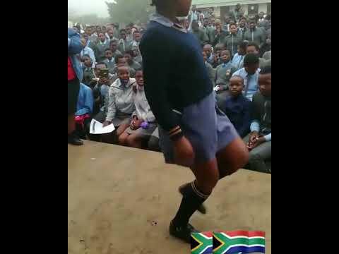 S.Africa student romantic dancing