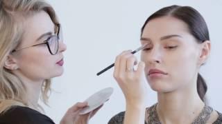 Урок по макияжу