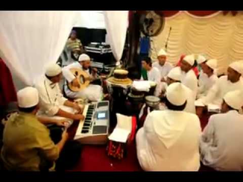 Sautuhaq Performed at Melaka - wani'mal wali waliha( Shaykh Rosnan Family wedding )