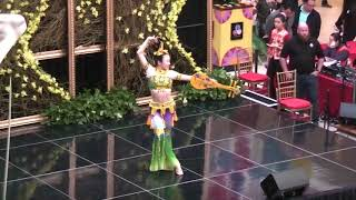 敦煌樂舞《絲路花雨》選段《反彈琵琶》Chinese Dunhuang Dance