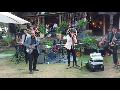 Amar Y Vivir Grupo Piel Canela En Vivo Youtube