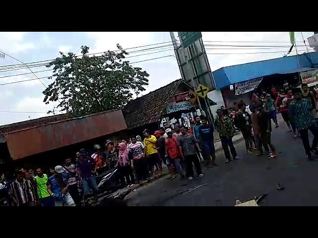 Kecelakaan di pasar ngimbang