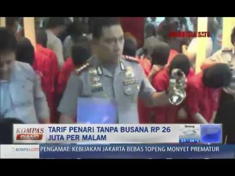Polisi Tangkap Penari Striptis Remaja - Kompas Siang 25 Oktober 2013