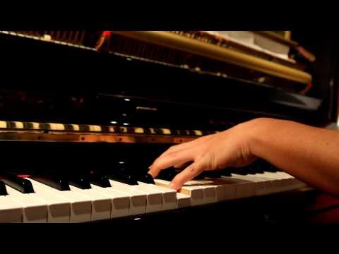 Kung Fu Hustle Soundtrack piano solo (功夫--只要為你活一天--鋼琴)