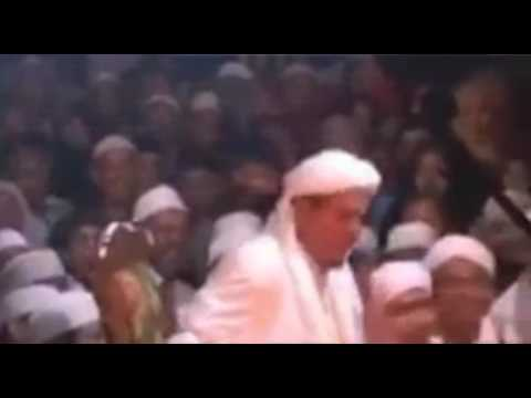 [Video]Habib Rizieq: Hancurkan Semua Patung di Purwakarta, Jangan Takut Polisi !